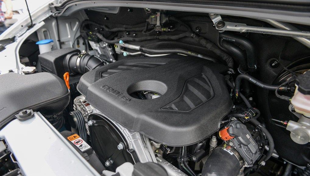 Động cơ xe Toyota Hiace 2019