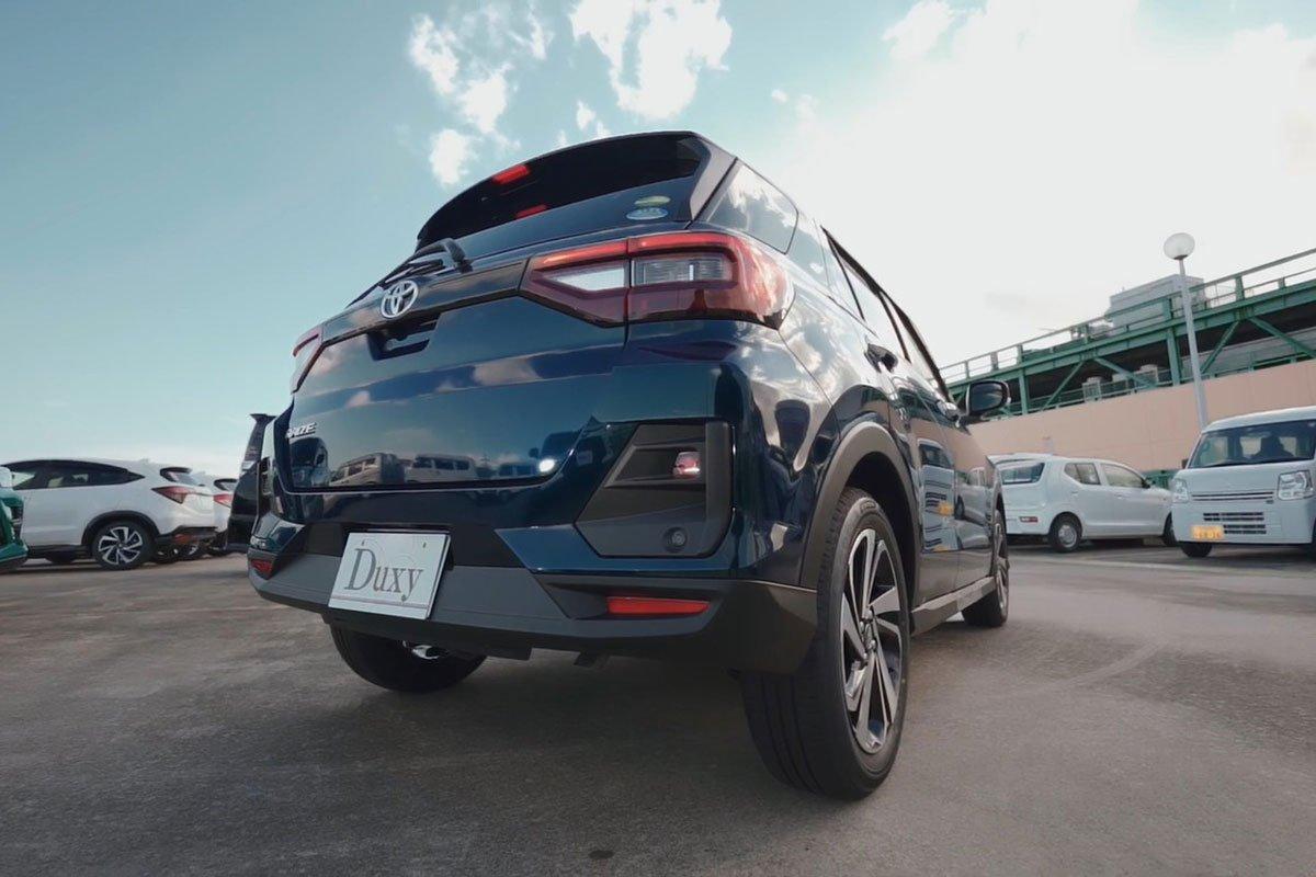 Ảnh Đuôi xe Toyota Raize 2021 aq