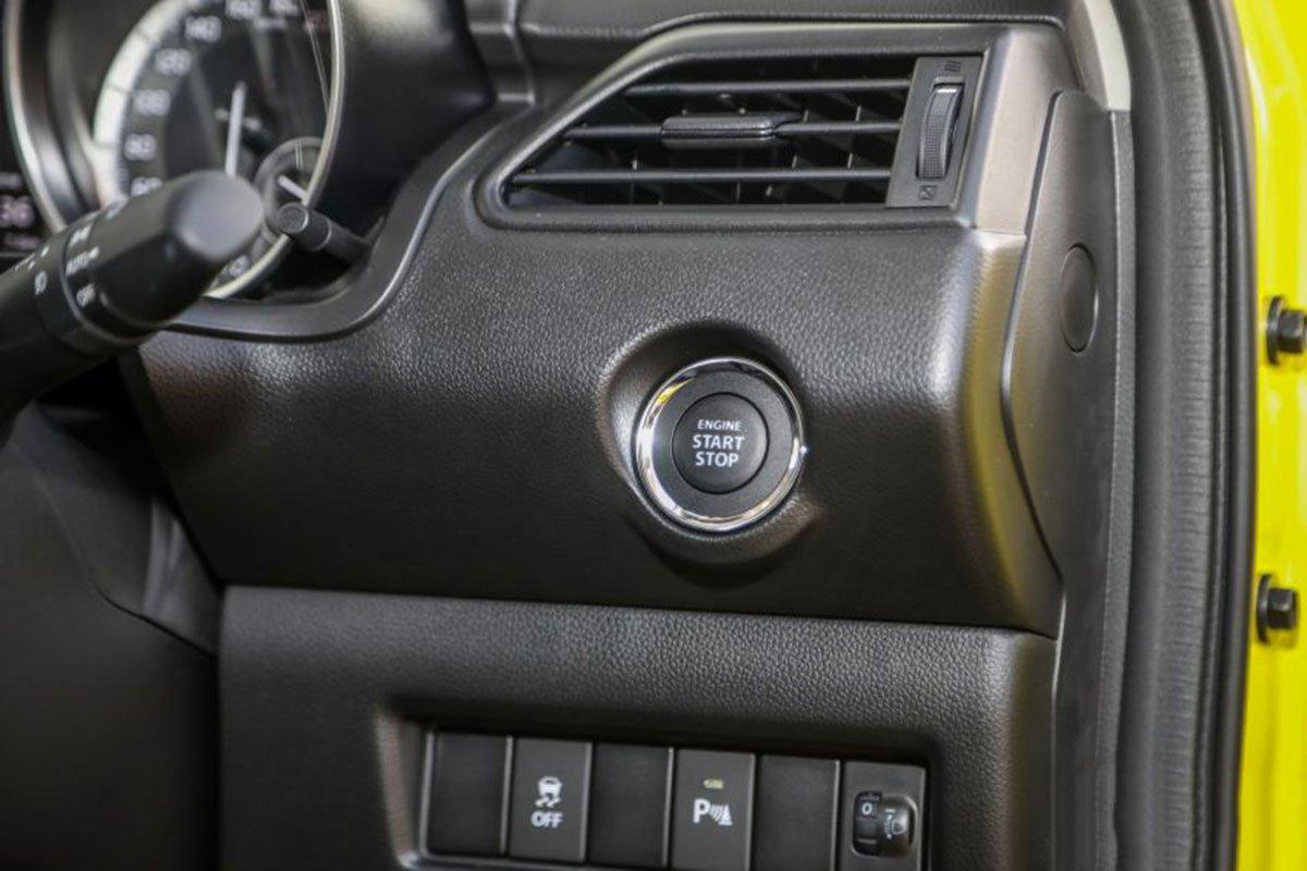Ảnh Nút khởi động xe Suzuki Swift 2021