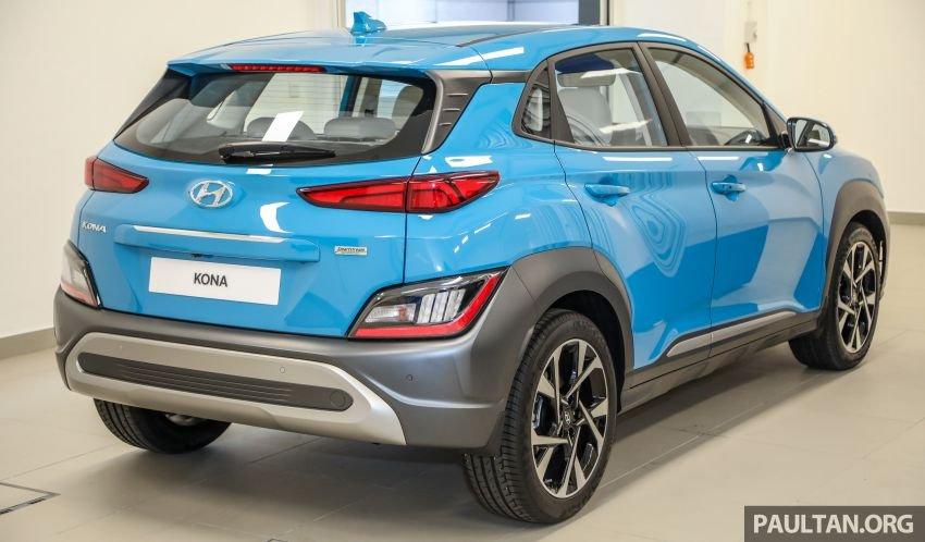 Hyundai Kona 2021 bắt mắt, nổi bật và thể thao.