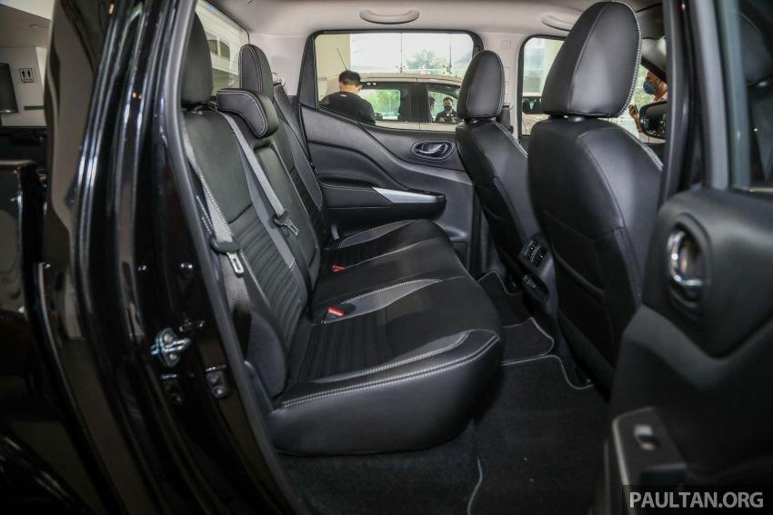Nissan Navara 2021 đời mới đa dụng và đầy đủ tiện nghi.
