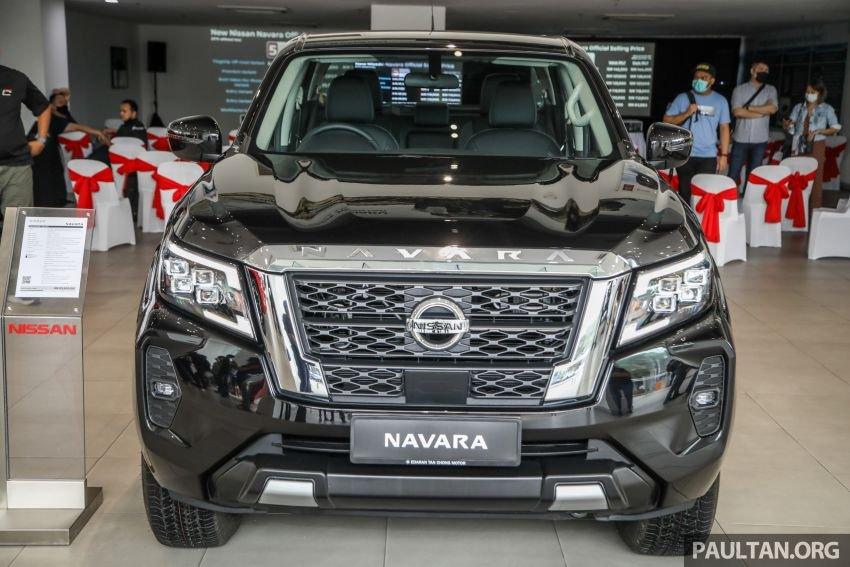 Nissan Navara 2021 đời mới có mặt tại Malaysia.