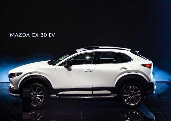 Vén màn Mazda CX-30 bản chạy điện hoàn toàn - Ảnh 2.