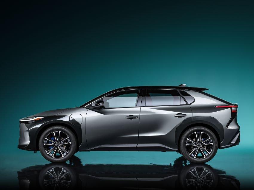 [Auto Shanghai 2021] Toyota bZ4X concept thể hiện phương hướng thiết kế trong tương lai của hãng.
