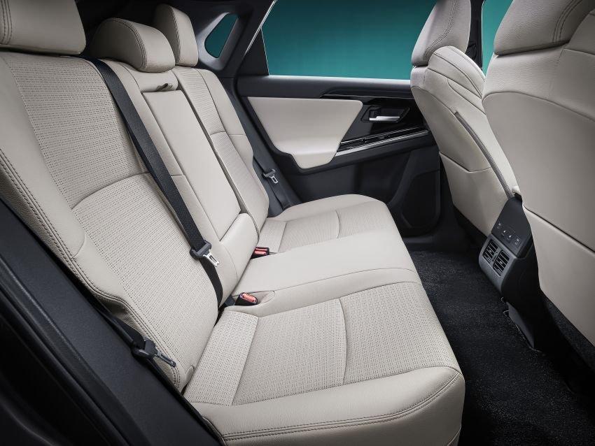[Auto Shanghai 2021] Toyota bZ4X concept hứa hẹn là 1 mẫu xe đa dụng và thân thiện môi trường.