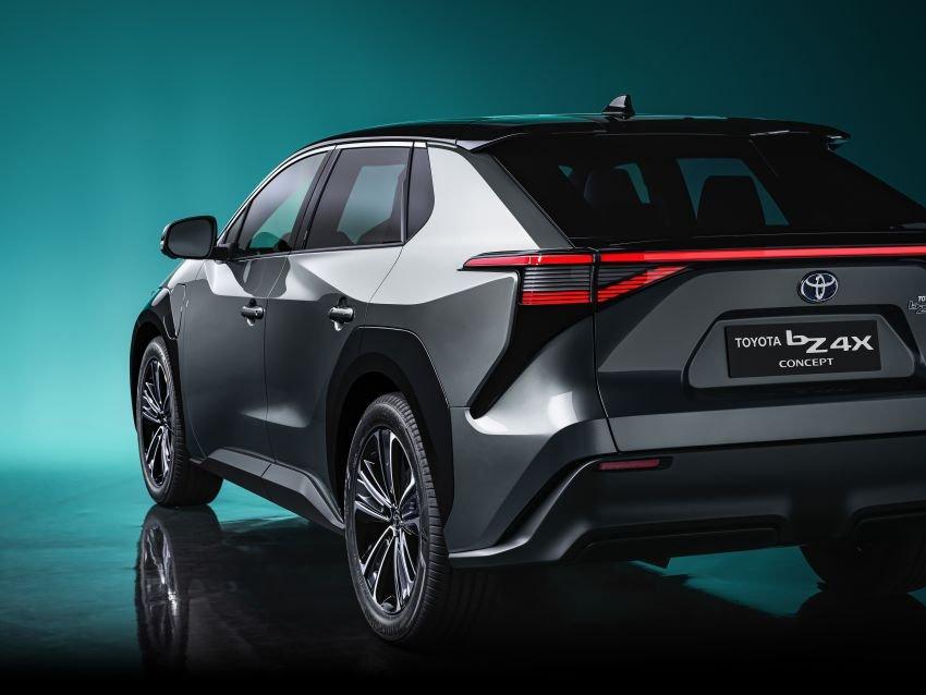 [Auto Shanghai 2021] Toyota bZ4X concept sở hữu lối tạo hình ấn tượng.