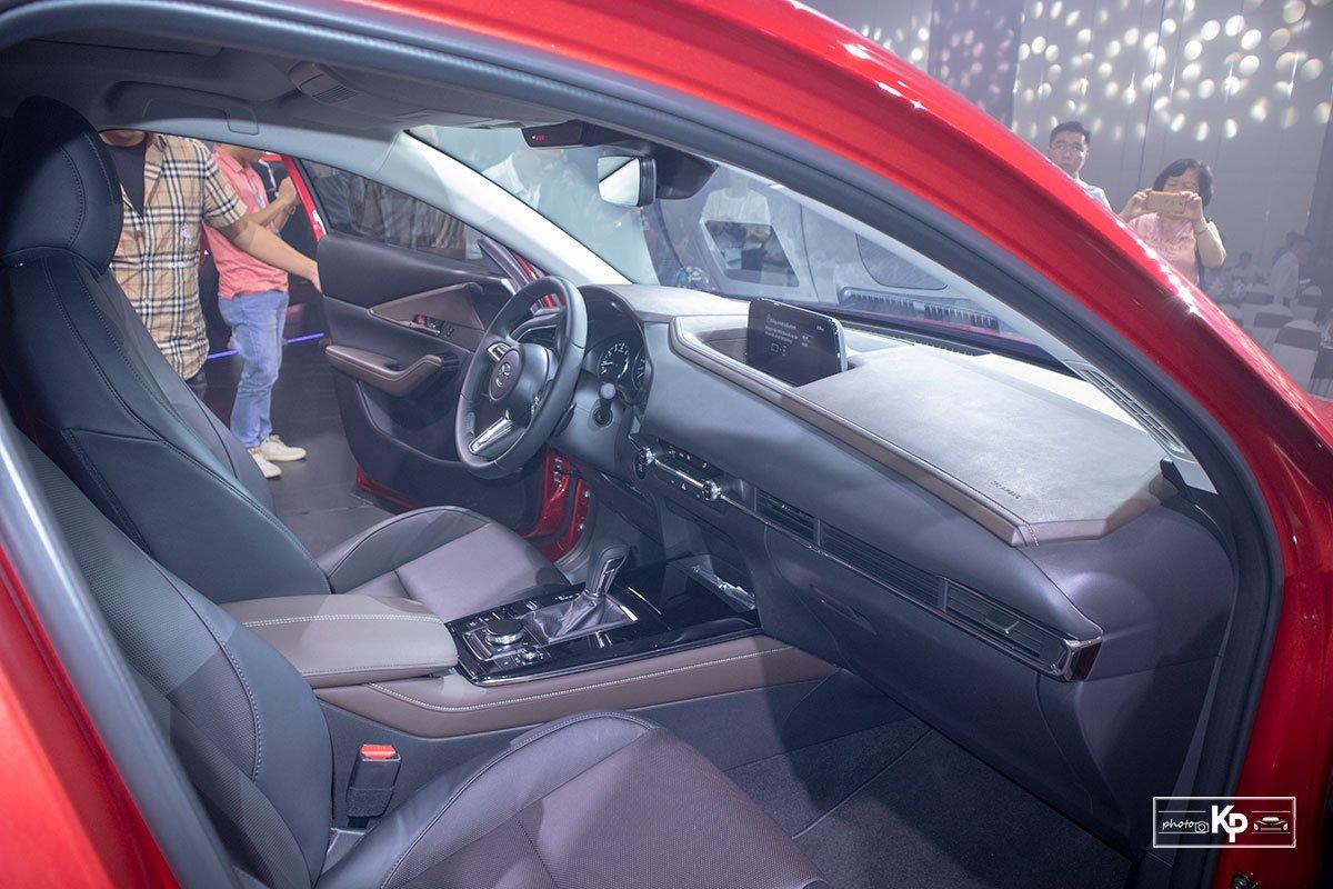 nội thất Mazda CX-30 2021.