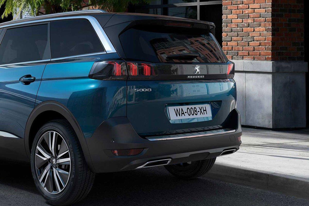 Ảnh Đuôi xe Peugeot 5008 2021