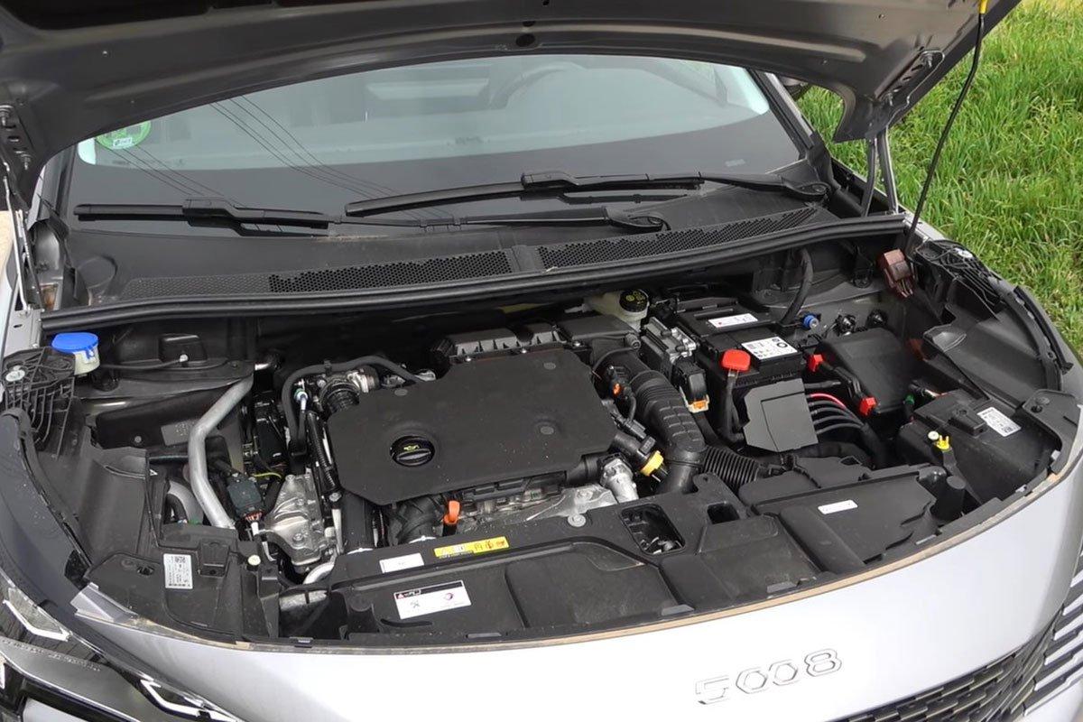 Ảnh Động cơ xe Peugeot 5008 2021