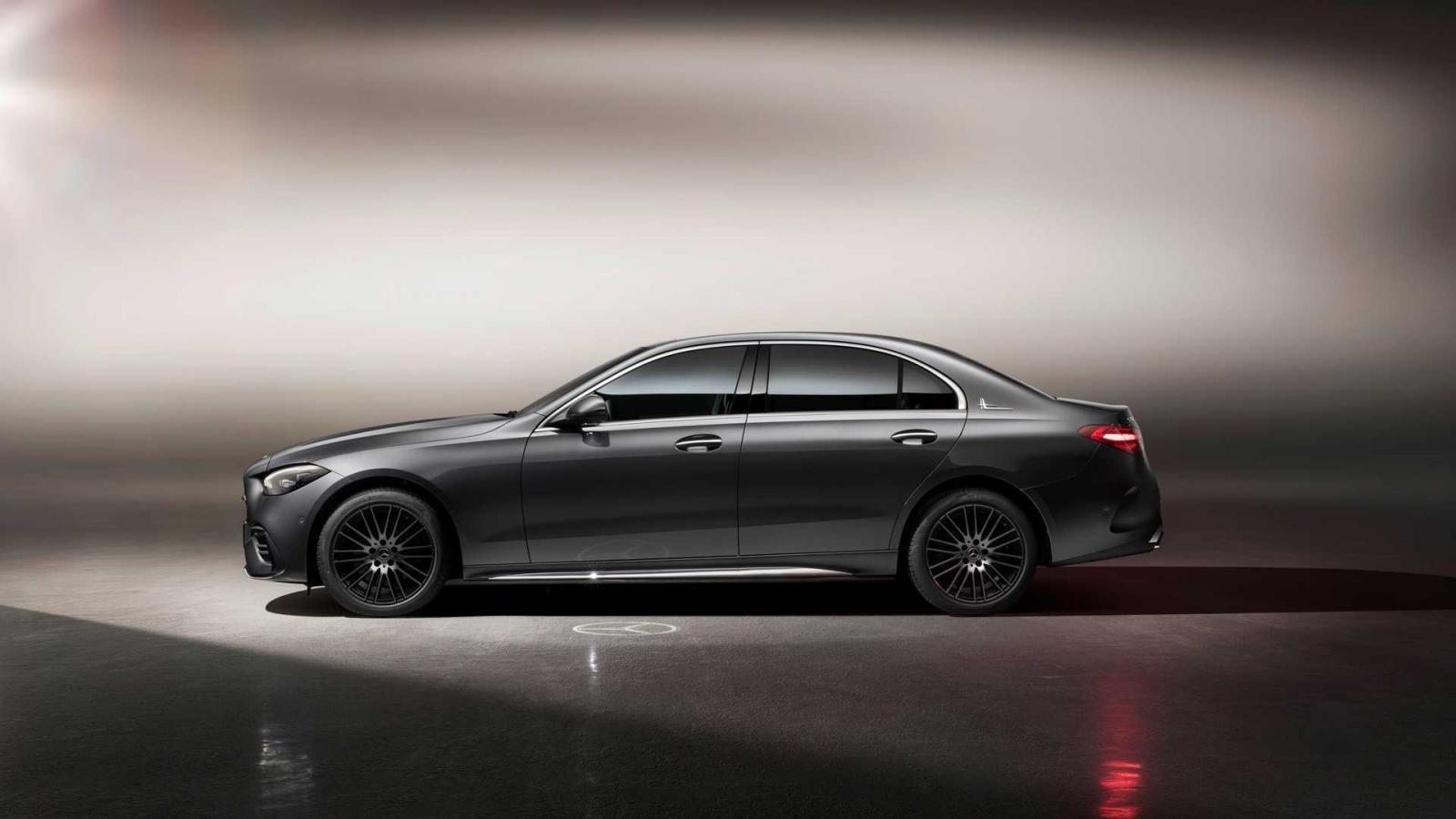 [Auto Shanghai 2021] Mercedes-Benz C-Class L là phiên bản đặc trưng cho thị trường ô tô đông dân nhất thế giới.