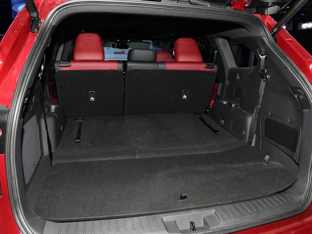 [Auto Shanghai 2021] Toyota Crown SUV có kích cỡ tương tự Toyota Highlander.