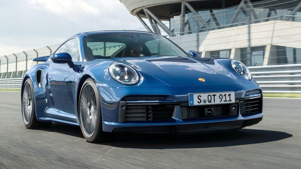 Porsche 911 Turbo giành giải xe hiệu suất thế giới của năm 2021.