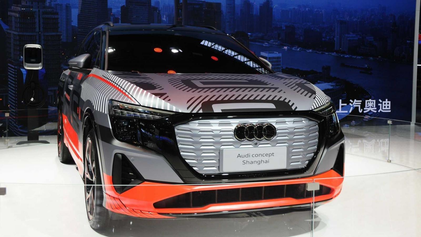 Audi âm thầm trình làng SUV chạy điện mới