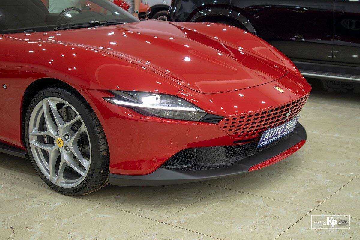 """Cận cảnh xe Ferrari Roma màu đỏ Rosso """"độc nhất"""" Việt Nam a3"""