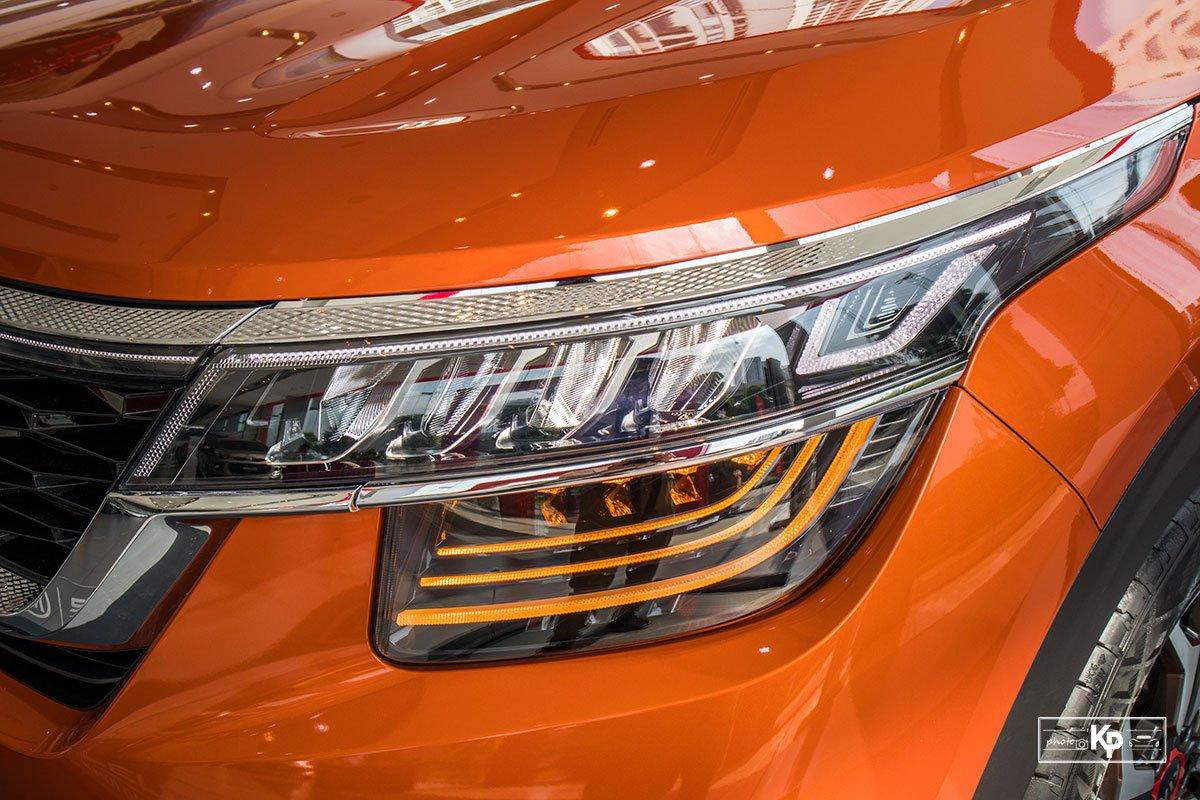 Ảnh Đèn pha xe Kia Seltos 2021