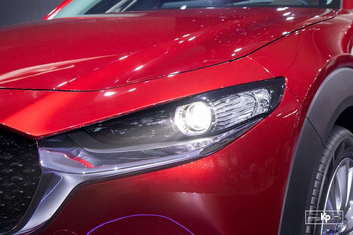 Ảnh Đèn pha xe Mazda CX-30 2021