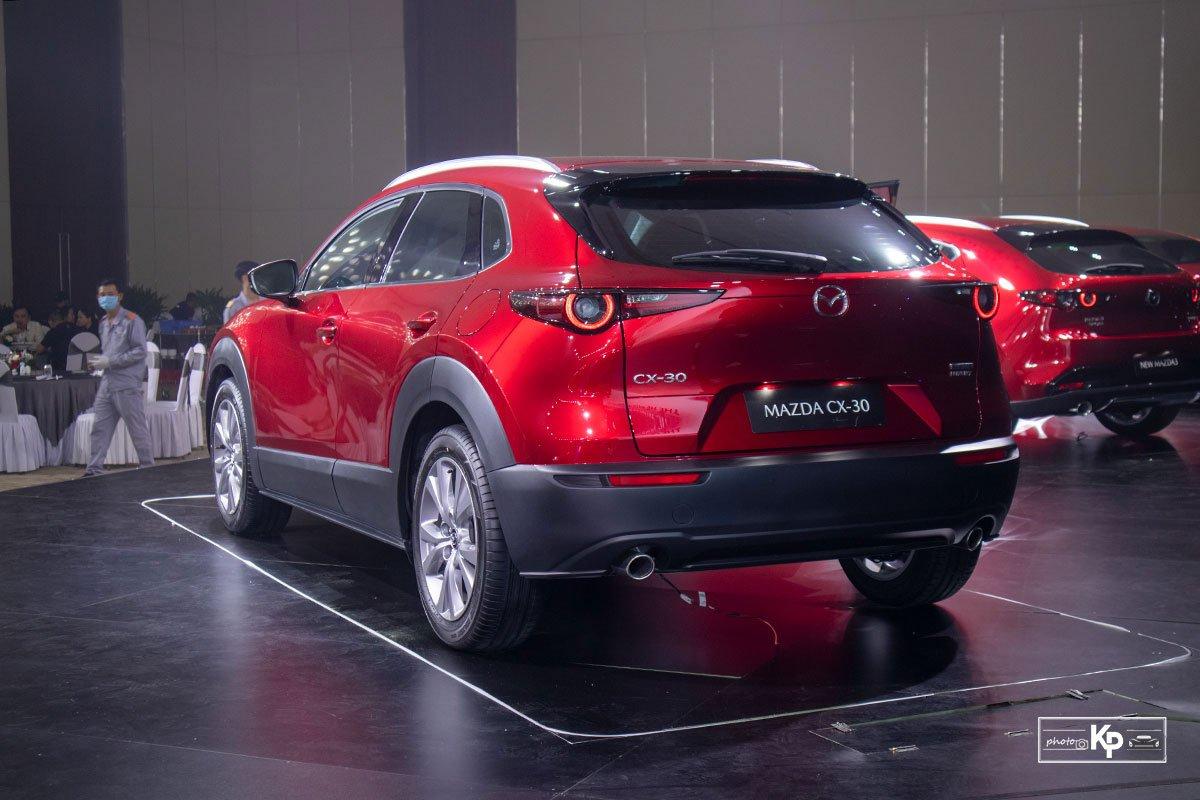 Ảnh Đuôi xe Mazda CX-30 2021