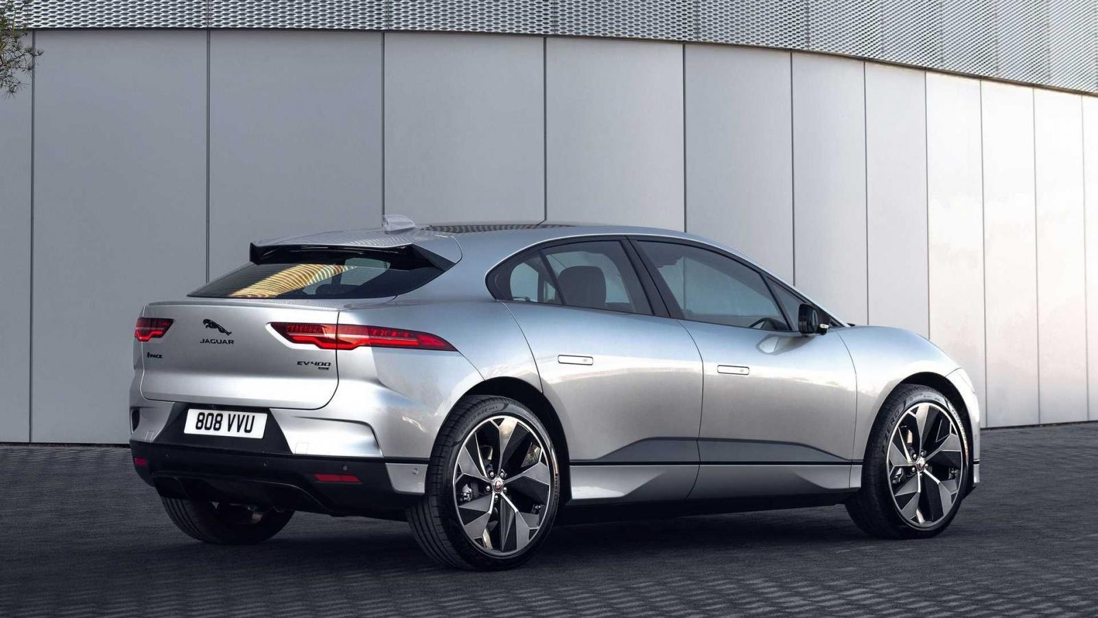 SUV Jaguar I-PACE tích hợp loạt công nghệ hiện đại.