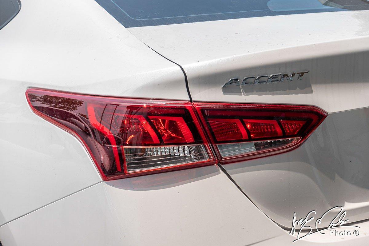 Soi chi tiết Hyundai Accent 1.4MT tiêu chuẩn 2021, giá hơn 400 triệu đồng đấu Vios, City a24