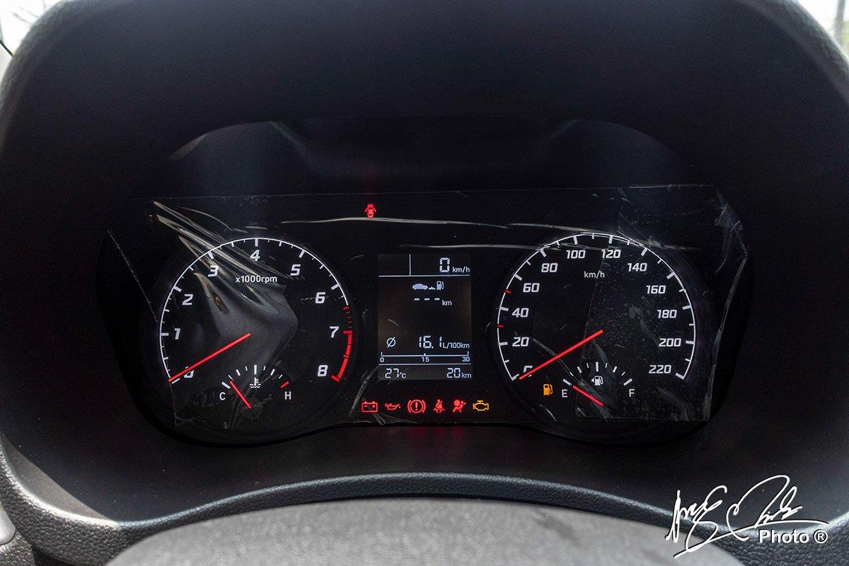 Soi chi tiết Hyundai Accent 1.4MT tiêu chuẩn 2021, giá hơn 400 triệu đồng đấu Vios, City a10