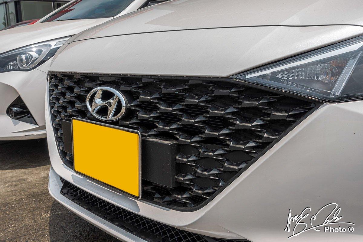 Soi chi tiết Hyundai Accent 1.4MT tiêu chuẩn 2021, giá hơn 400 triệu đồng đấu Vios, City a2