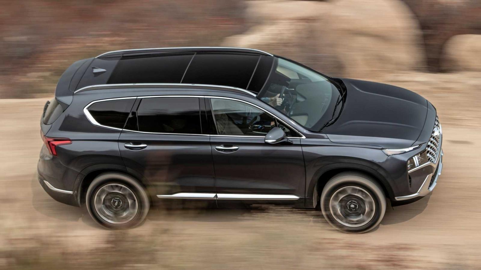 Hyundai Santa Fe 2021 và Elantra 2021 không giành được giải thưởng Top Safety Pick+ do lỗi đèn pha.