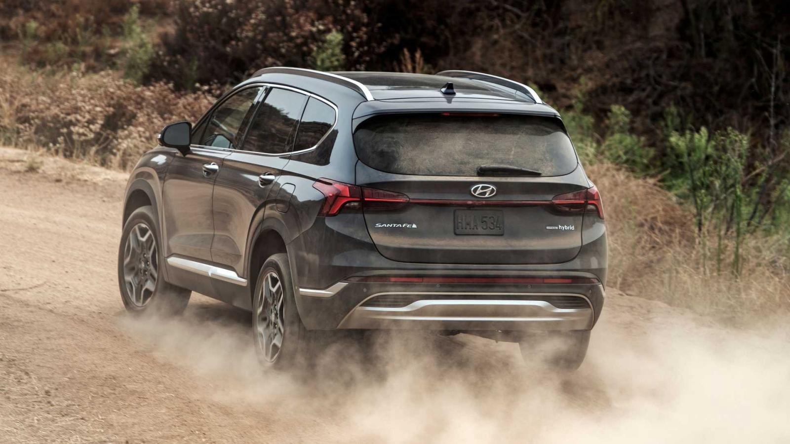 Hyundai Santa Fe 2021 vẫn sở hữu độ an toàn cực đỉnh.