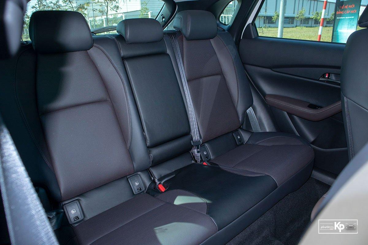 Ảnh Ghế sau xe Mazda CX-30 2021