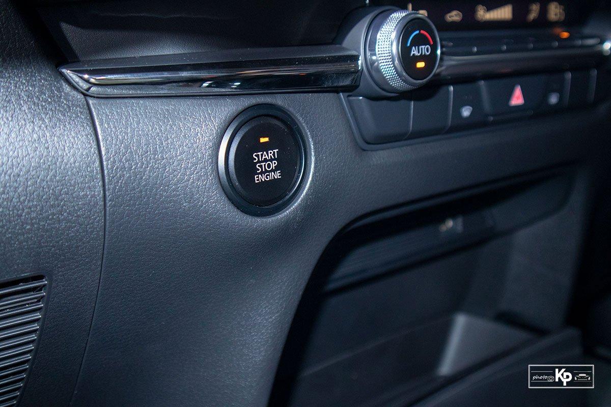 Ảnh Nút khởi động xe Mazda CX-30 2021