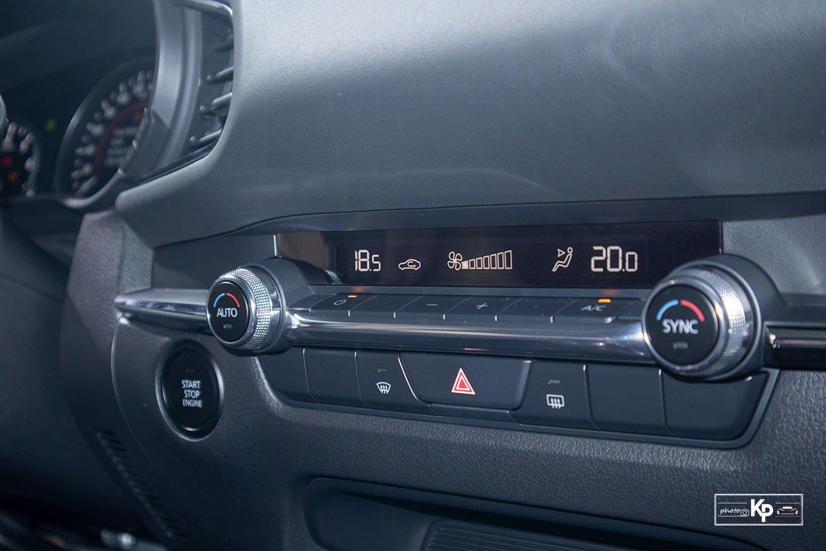 Ảnh Điều hòa xe Mazda CX-30 2021