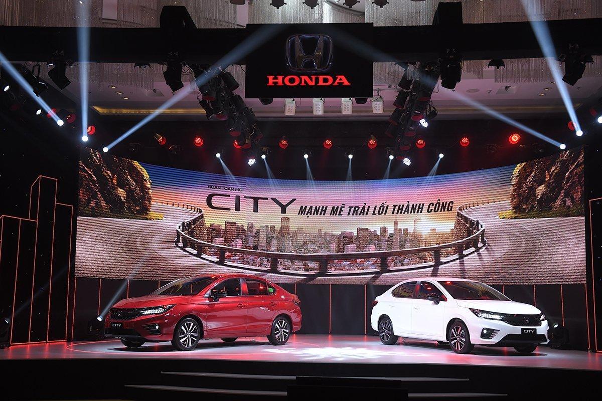 """Doanh số ô tô Honda """"đảo chiều"""" giảm mạnh vì dịch bùng phát"""