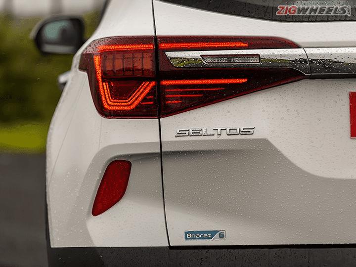 Kia Seltos 2021 tăng tính năng sẵn tăng luôn giá.
