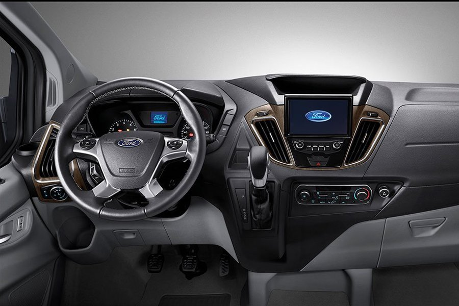 Thiết kế nội thất xe Ford Tourneo 1