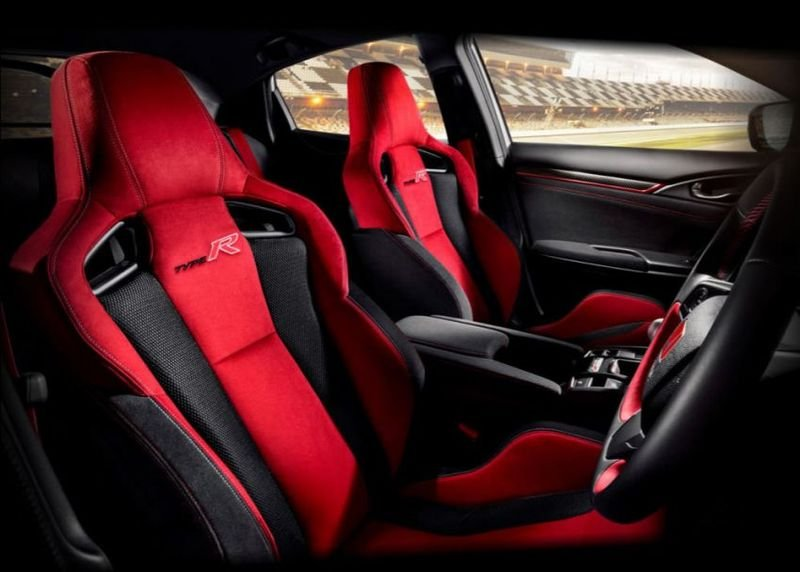 Honda Civic Type R 2021 cập nhật mới đảm bảo cung cấp 1 trải nghiệm lái tuyệt đỉnh.