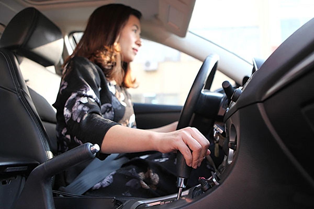 Xe số tự động phù hợp cho phụ nữ hoặc những người có tay lái yếu.