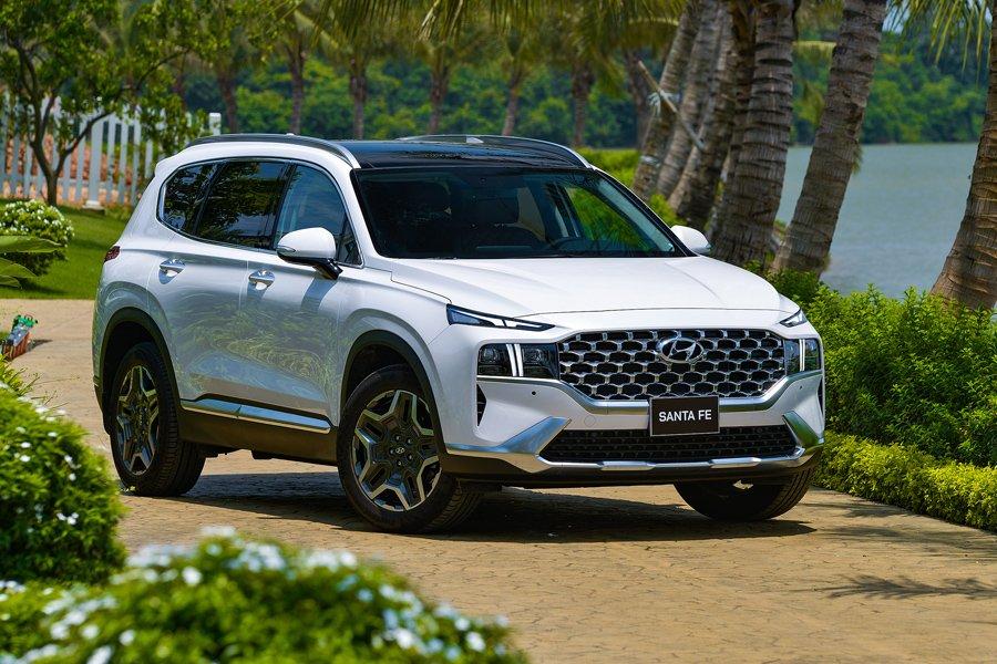 Soi những điểm nhấn đặc biệt trên Hyundai Santa Fe 2021 a4