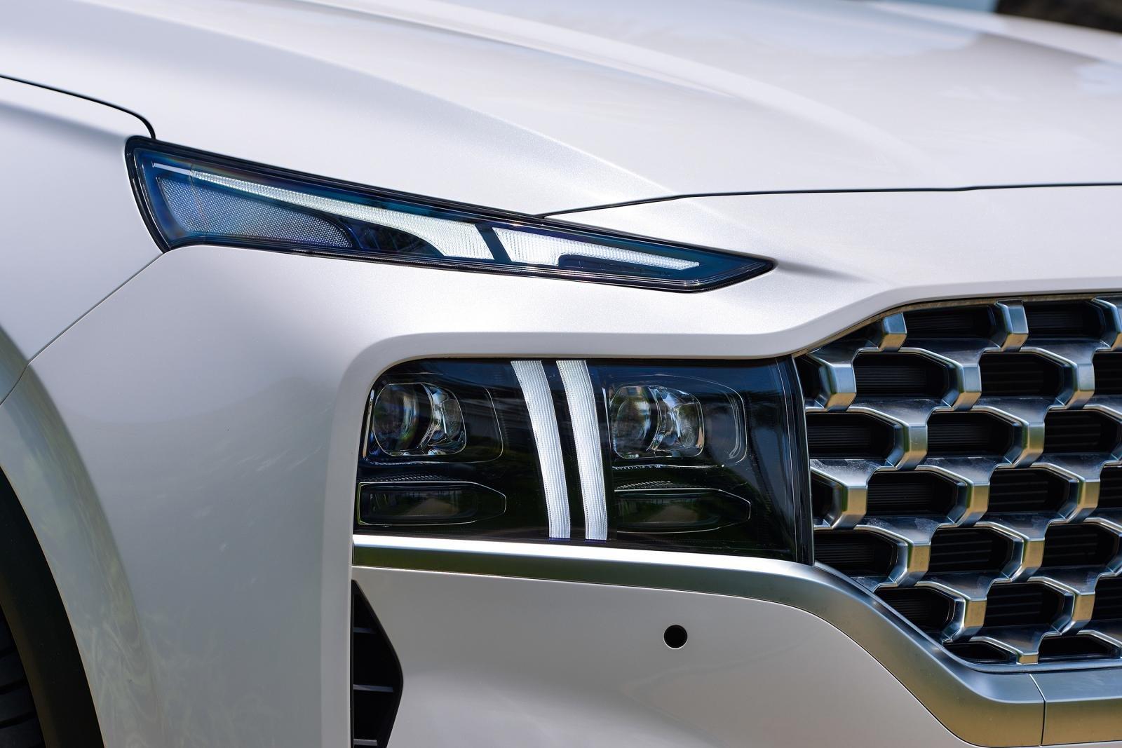 Soi những điểm nhấn đặc biệt trên Hyundai Santa Fe 2021 a3