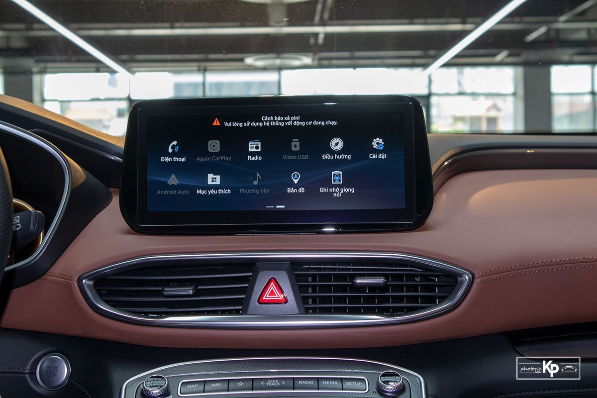 Ảnh Màn hình xe Hyundai Santa Fe 2021 a1