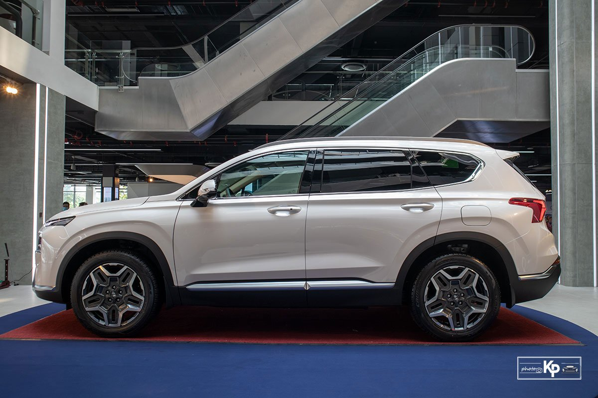 Ảnh Thân xe Hyundai Santa Fe 2021