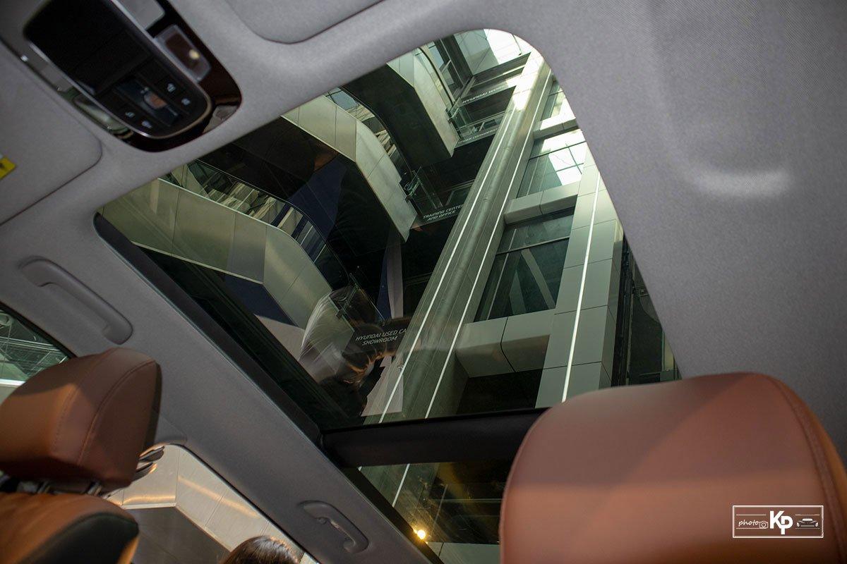 Ảnh cửa sổ trời xe Hyundai Santa Fe 2021