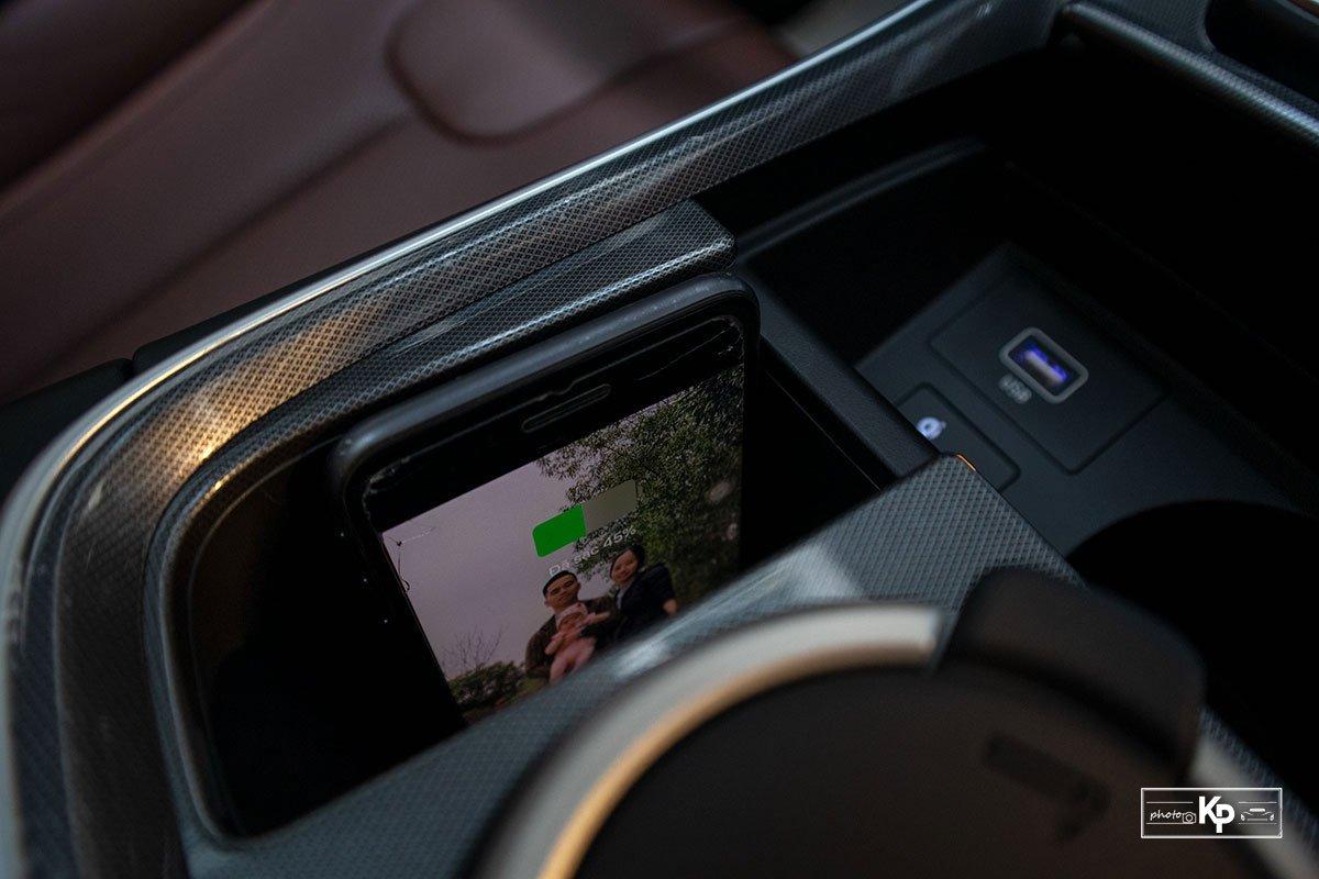 Ảnh Sạc không dây xe Hyundai Santa Fe 2021