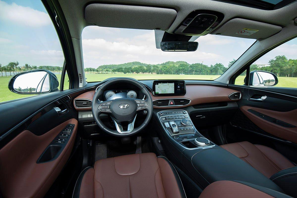 Chốt giá 1,340 tỷ đồng, Hyundai Santa Fe 2021 Dầu cao cấp có gì để cạnh tranh với Kia Sorento? a2