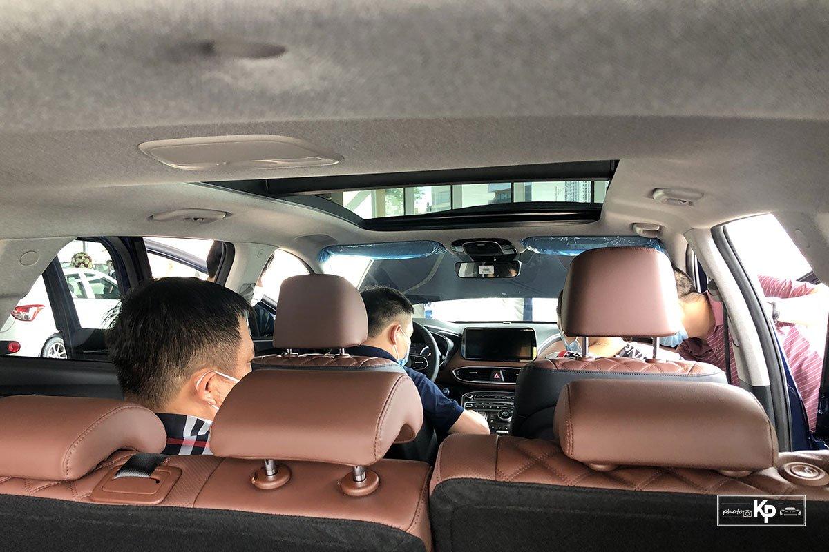 """Hyundai Santa Fe 2021 về đại lý, khách kéo đến """"sờ"""" đông kín, chốt đơn liên tục khi được lái thử a5"""