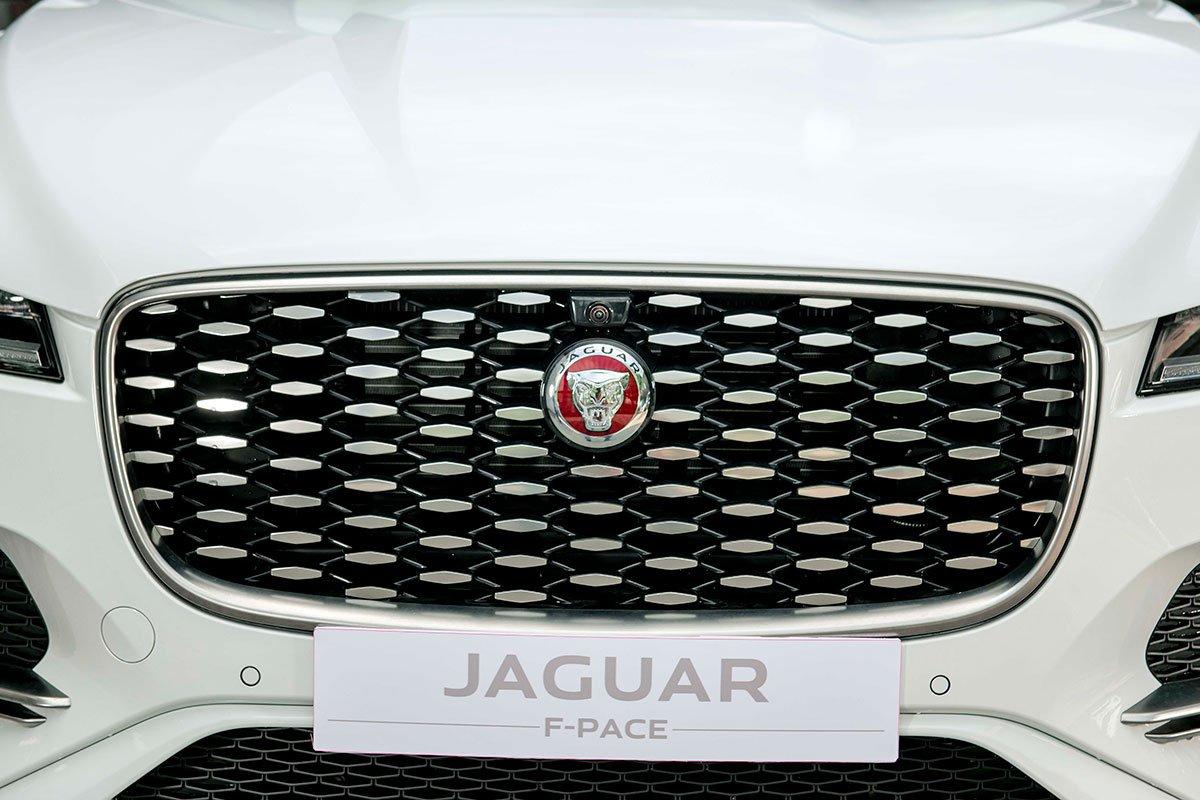 Jaguar XF và Jaguar F-Pace 2021 ra mắt, sẵn sàng đến tay khách hàng Việt a15