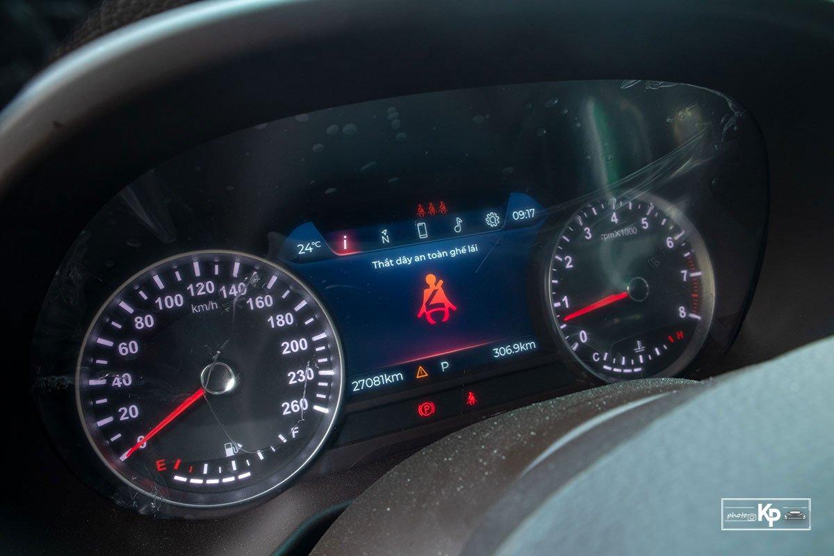 Người dùng đánh giá xe VinFast Lux SA2.0 a15