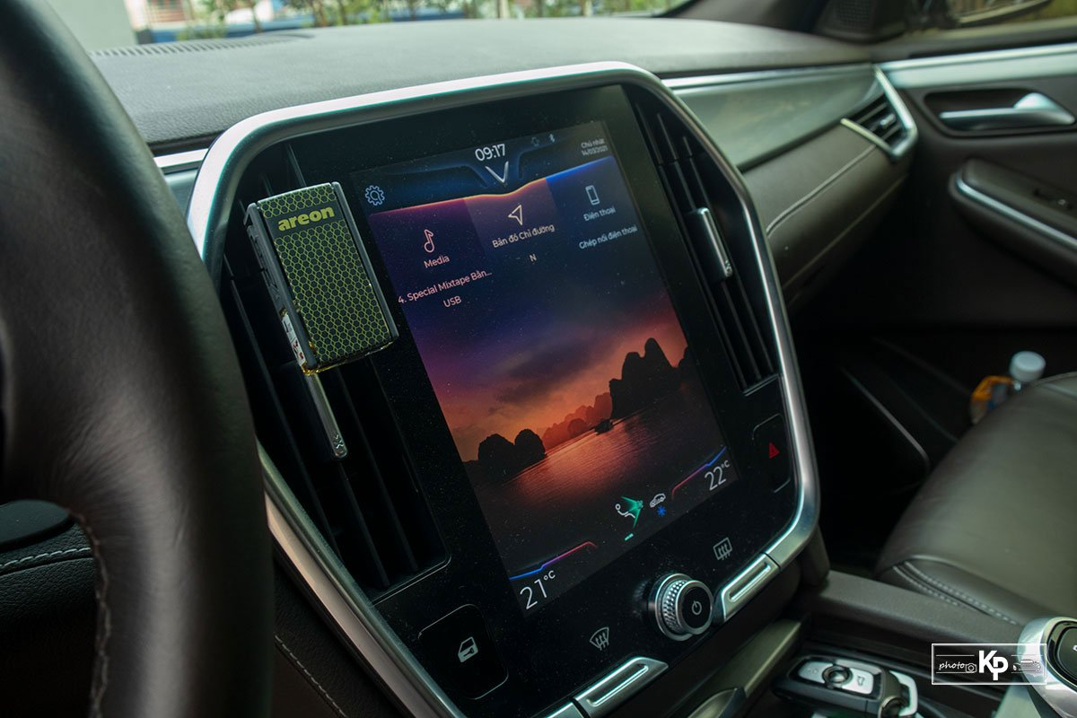 Người dùng đánh giá xe VinFast Lux SA2.0 a16