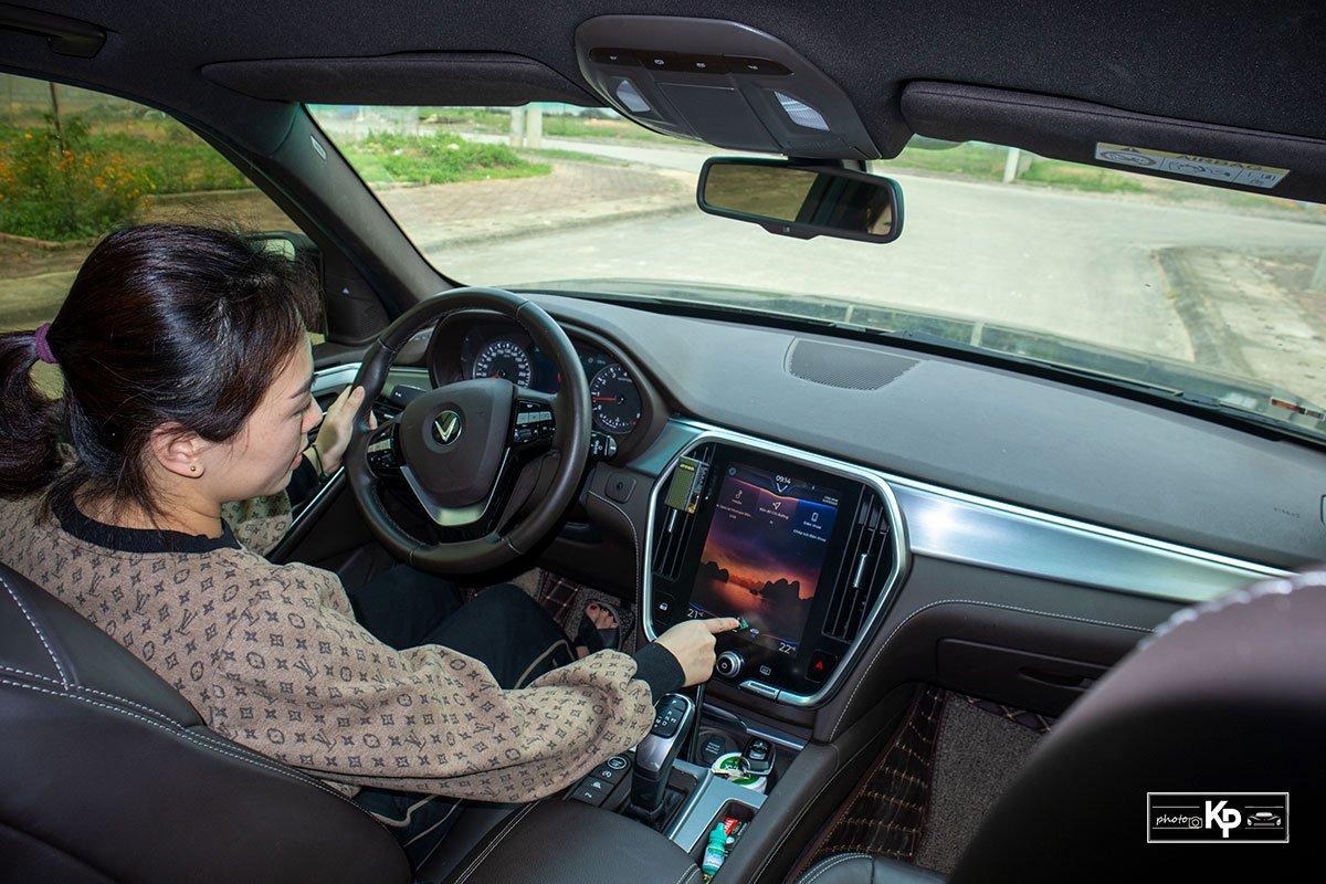 Người dùng đánh giá xe VinFast Lux SA2.0 a180