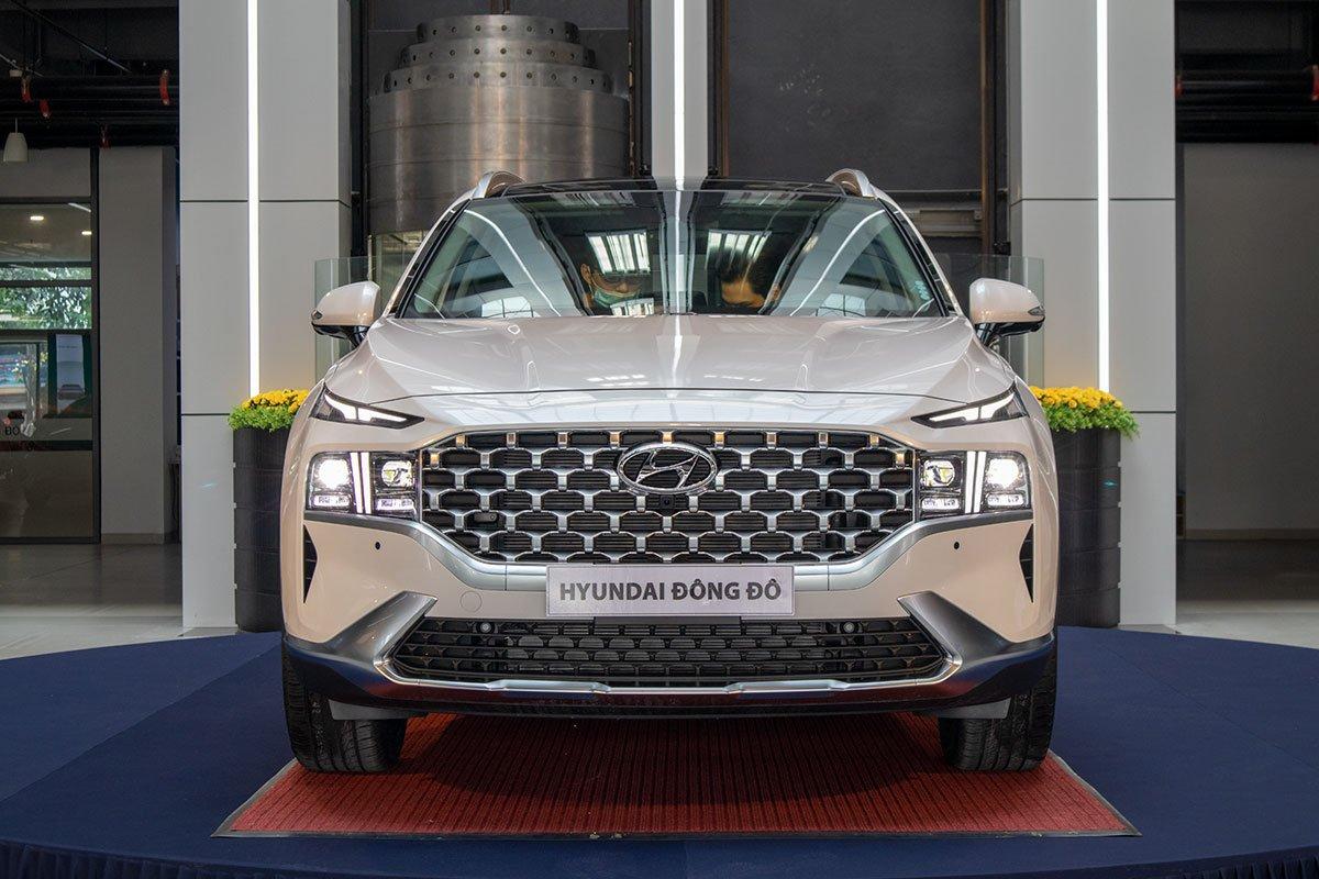 Ảnh đầu xe Hyundai Santa Fe 2021