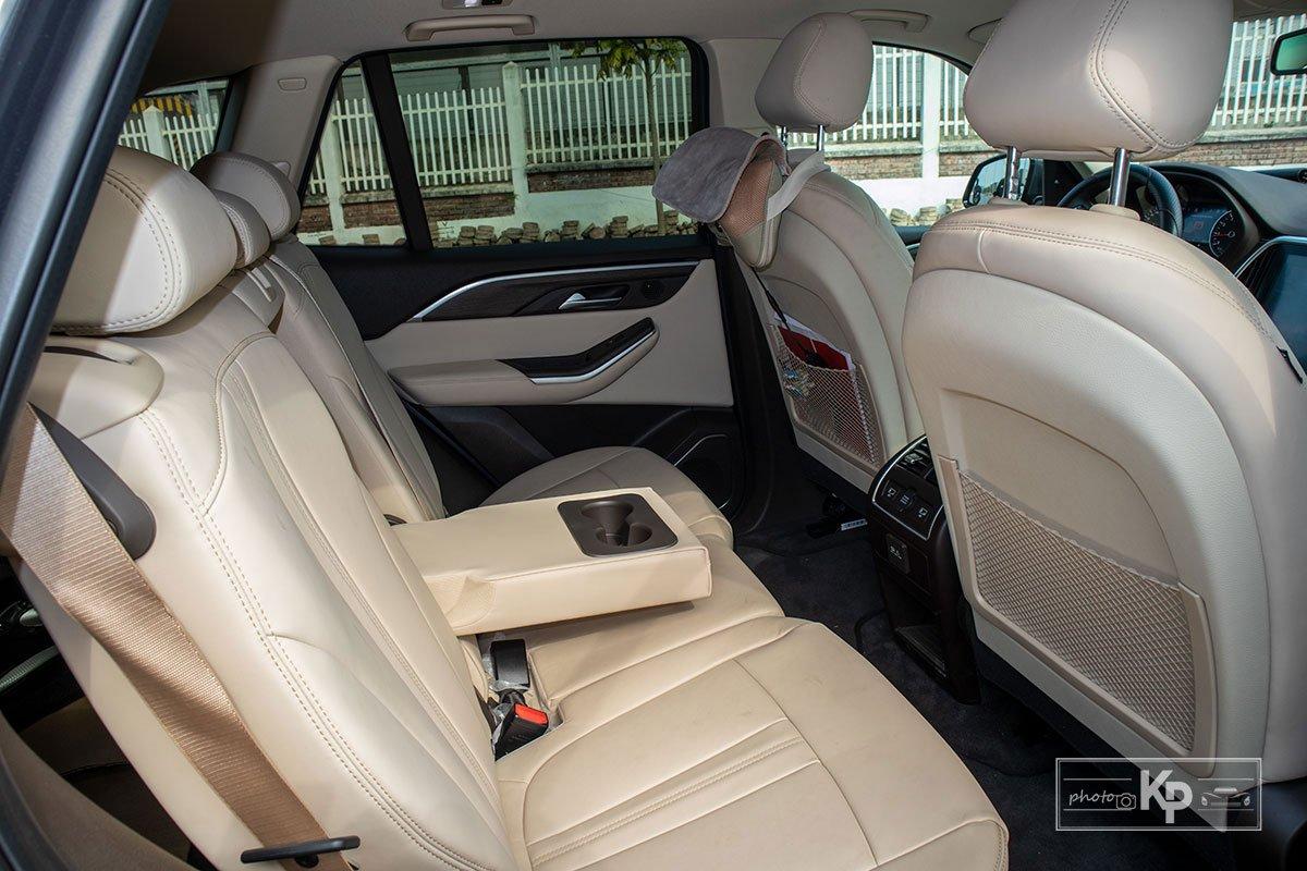 Ảnh Ghế giữa xe VinFast Lux SA2.0 2021