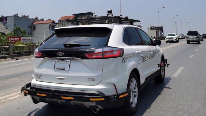 Ford Edge 2021 bị bắt gặp chạy thử tại Việt Nam - Ảnh 1.
